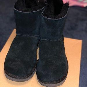 UGG Shoes - Black uggs